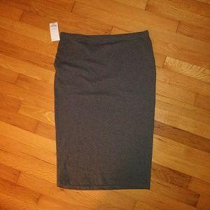 Solid gray pencil midi skirt by decree